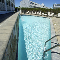 Outdoor Pool Ocean Suites gallery